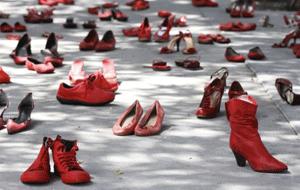 violenza-donne-rosso