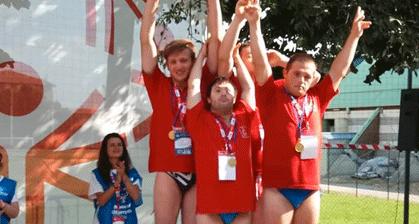 Quattro medaglie d oro per il nuotatore sestese gabriele - Lo specchio di carta ...